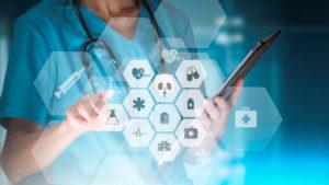Die Digitalisierung in Pflegeheimen läuft auf Hochtouren und wird auch vom Bund mit dem EPD vorangetrieben.